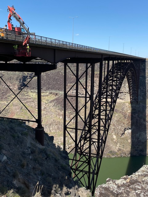 Perrine Bridge fiber optic